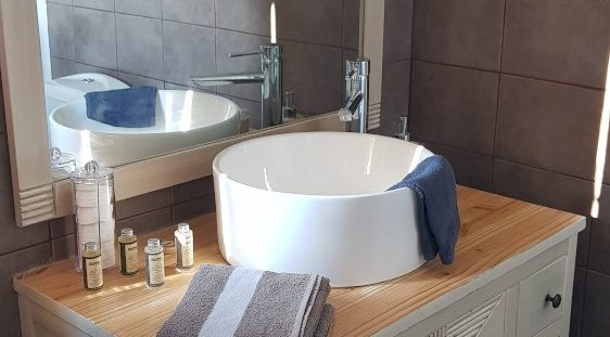 Lavabo chambre Valy - Domaine des Rigauds